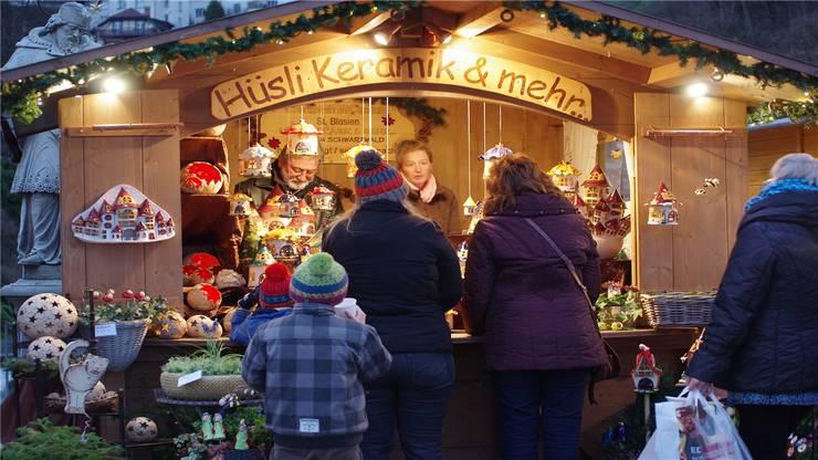 Stand am Weihnachtsmarkt Laufenburg.