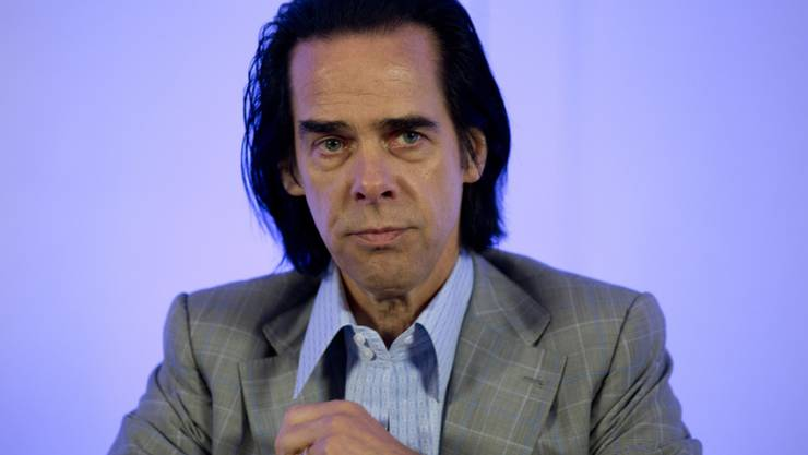 Nach mehr als 20 Jahren herrscht Klarheit: Der australische Musiker Nick Cave wurde von der britischen Kollegin und einstigen Freundin PJ Harvey sitzen gelassen.
