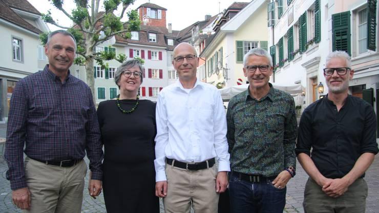 Der Vorstand des Vereins Altstadtwohnen (v. l.): Remo Reinle, Jutta Thellmann, Rolf Trechsel (Präsident), Stefan Dettwiler und Lukas Rüefli.