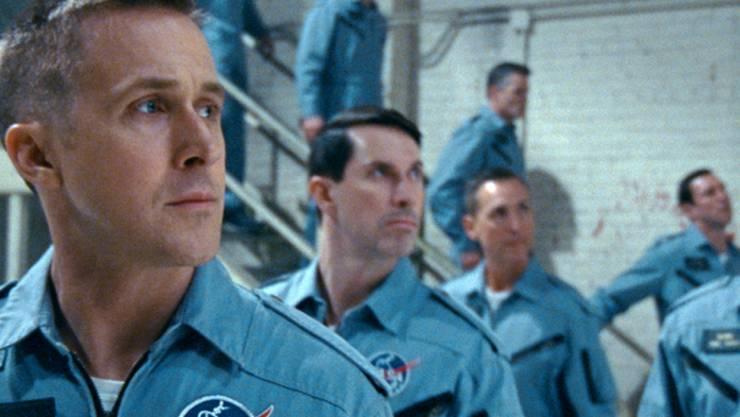 """Ryan Gosling (links) startet am 75. Filmfest Venedig in Richtung Mond: Der Film """"First Man"""", in dem der Kanadier den Astronauten Neil Armstrong spielt, wird am (heutigen) Mittwochabend als Eröffnungsfilm gezeigt. (Universal Pictures via AP)"""