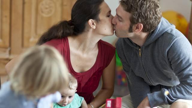 Wenn es nicht mehr harmoniert, sollen sich Eltern das Sorgerecht künftig teilen (Symbolbild)