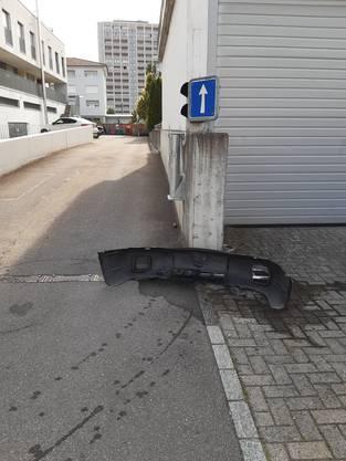 Der Sachschaden an ihrem Auto beträgt etwa 5000 Franken.