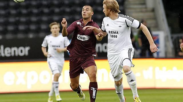 Goran Karanovic (l.) scheidet mit Servette im Euorpacup aus.