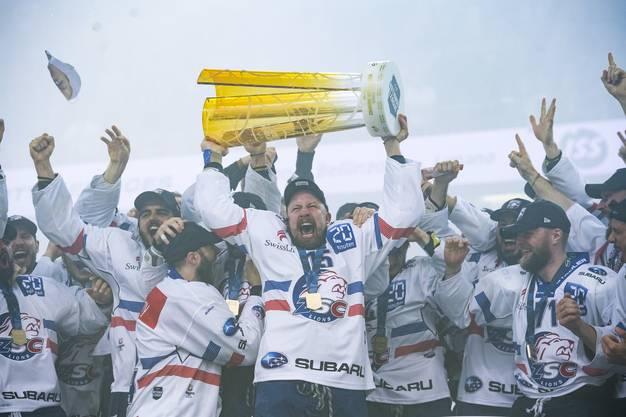 Mathias Seger feierte sechs Meistertitel mit den ZSC Lions.