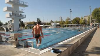 Ab dem 6. Juni darf im Schwimmbad St. Jakob wieder gebadet werden. (Symbolbild)