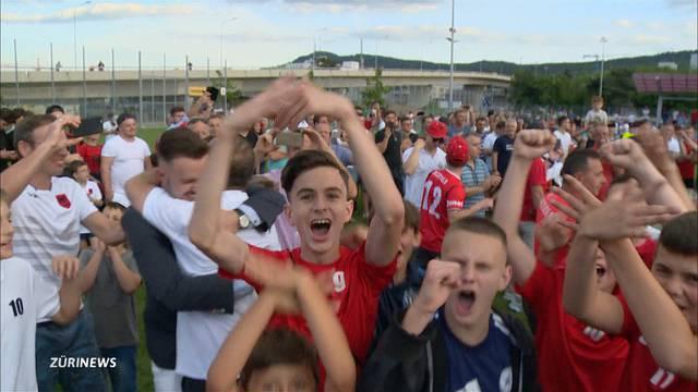 FC Kosova verwandelt Juchhof in Party-Gelände
