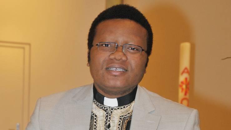 Pfarrer Paul Okeke soll Kappel verlassen, fordert Bischof Gmür (Archivbild)