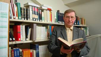 Peter Ch. Müller ist seit 1981 Stadtarchivar von Bad Säckingen. Er weiss viel über die Geschichte der alten Holzbrücke