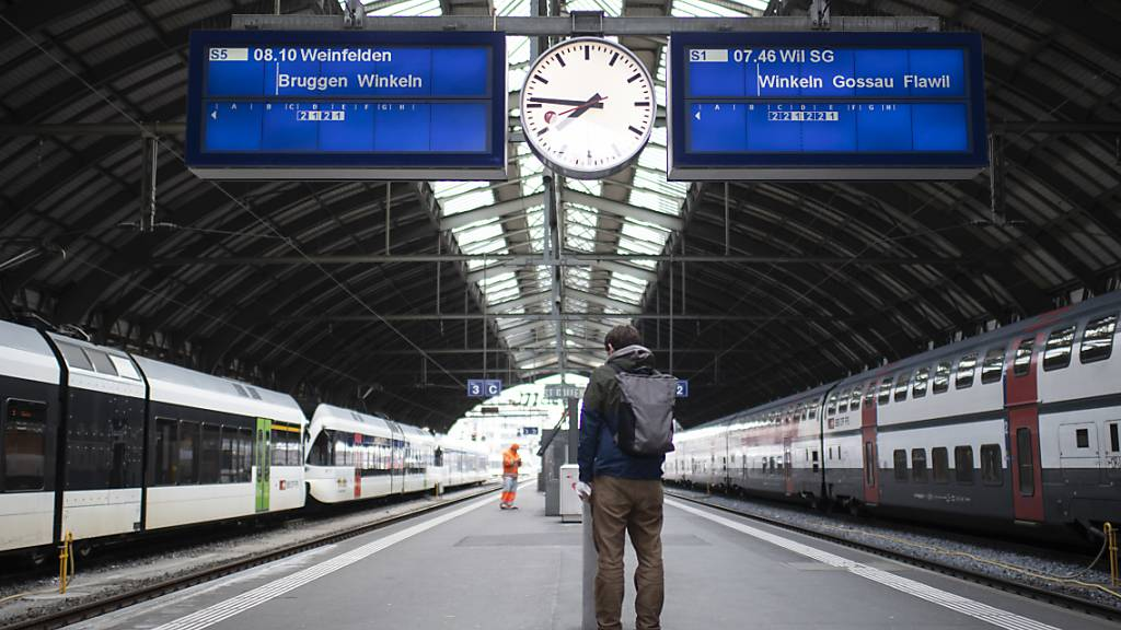 Ständerat dehnt Hilfe für öffentlichen Verkehr auf Ortsverkehr aus