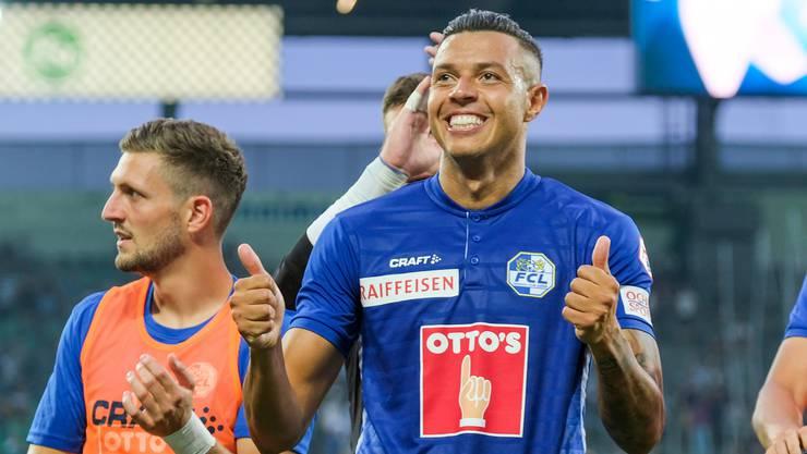 Lucas Alves strahlt nach dem 2:0-Sieg in St. Gallen. Der Saisonstart ist dem FC Luzern mit drei gewonnenen Punkten gelungen.