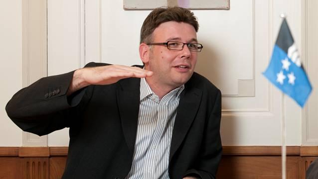 SP-Fraktionschef Dieter Egli übte im Grossen Rat heftige Kritik am Sparprogramm des Regierungsrats.