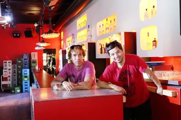 Markus Moerler und sein Partner Olcay Oruç Sahin vor dem Eleven-Ende im Sommer 2014.