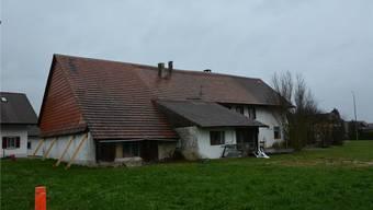 Abbruchreif: Die Asylunterkunft am Gerstenacker präsentiert sich in einem nicht gerade vorteilhaften Zustand.