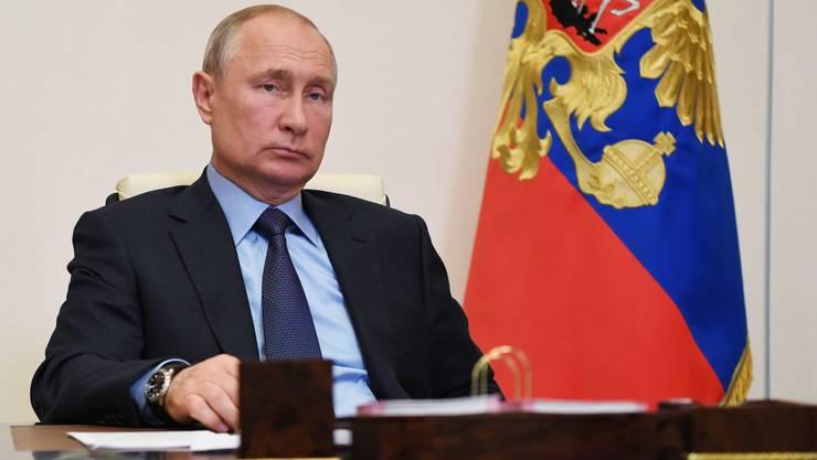 Russlands Präsident Wladimir Putin und die Coronazahlen - die Regierung in Moskau hat eine eigenwillige Zählweise.