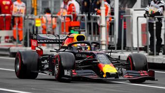 Ist seine Pole-Position für den Grand Prix von Mexiko wieder los: Max Verstappen im Red Bull