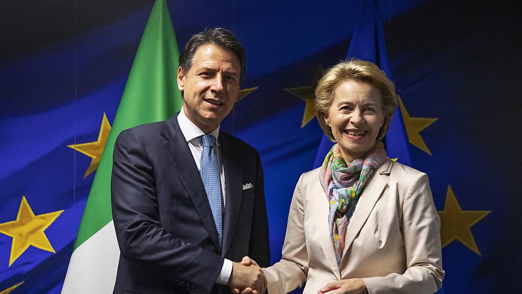 Bei seinem ersten Besuch in Brüssel an der Spitze der neuen Regierung aus Fünf-Sterne-Bewegung und sozialdemokratischer PD wurde Italiens Premierminister Giuseppe Conte von der designierten EU-Kommissionspräsidentin Ursula von der Leyen empfangen.