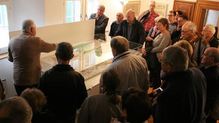 Die neue Ausstellung im Museum Schiff in Laufenburg ist den historischen Landkarten der Hochrheinregion gewidmet;