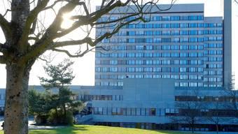 Eine Volksinitiative soll verhindern, dass das Bruderholzspital zur Tagesklinik wird.