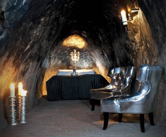 Tief im Berg schlaft man garantiert am Besten (Bild: uniqhotels.com).