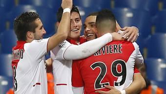 Layvin Kurzawa (m.) brachte Monaco mit 1:0 in Führung.