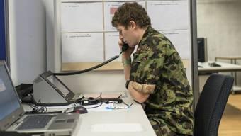 Telefonate mit den Liebsten helfen, mit der Situation klarzukommen. (Symbolbild)