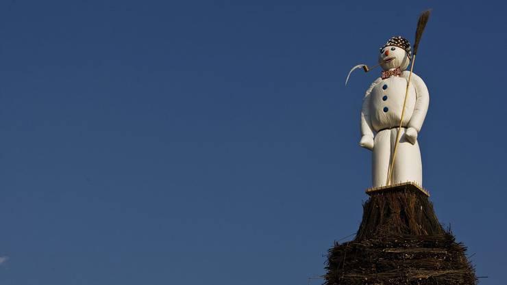 Der Böögg wird in diesem Jahr bereits fast eine Woche früher aufgebaut, um den Fotowünschen der Besucher nachzukommen.
