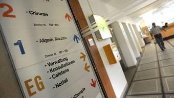 Fahrstuhl ins Ungewisse Auch die Freisinnigen wollen das Kantonsspital Laufen mit all seinen Abteilungen erhalten. Juri Junkov