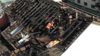 Das abgebrannte Dach des Hotel Restaurant Passage in Grenchen