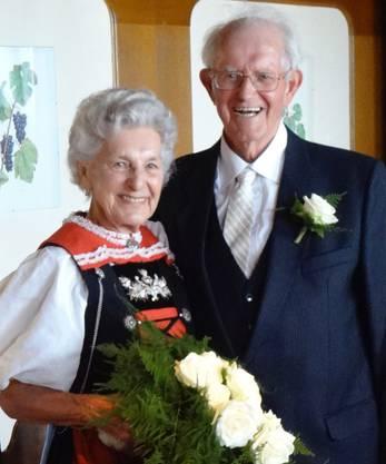 Dr.Isidor und Doris Bürgi-Walser, Frick,  feiern ihr eisernes Hochzeitsjubiläum.