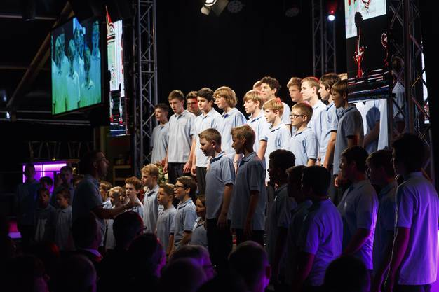 Die Solothurner Singknaben führen das Solothurner Lied auf