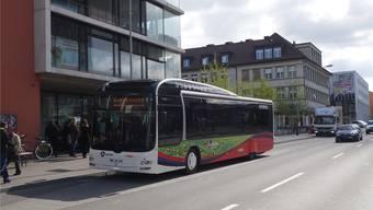 RVBW-Bus auf der Landstrasse. archiv