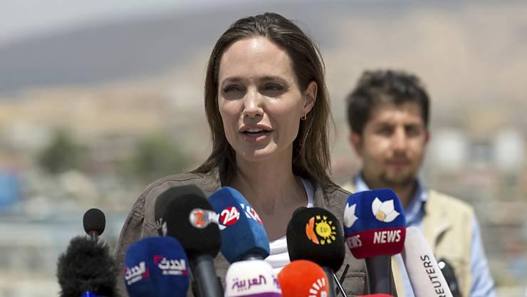 Die Gesandte des Uno-Hochkommissars für Flüchtlinge Angelina Jolie hat erneut ein Flüchtlingslager besucht - diesmal in Peru. (Archivbild)