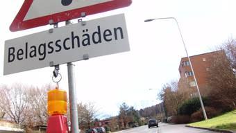Die Gemeinde dürfe den Werken nur den Mehraufwand verrechnen, den diese tatsächlich bei einem Strassenunterhalt verursacht hätten. (Symbolbild)