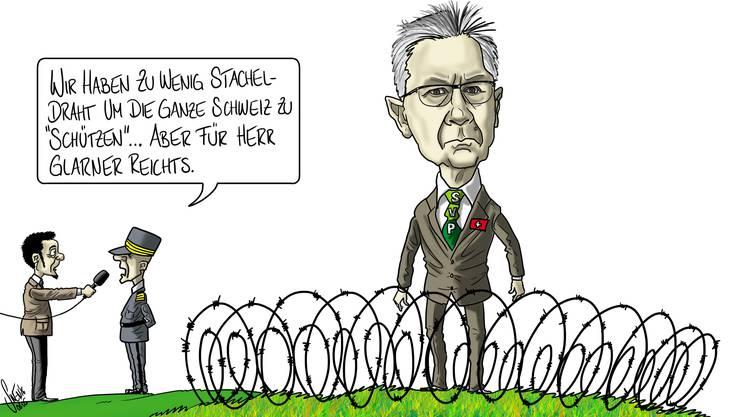 Stacheldraht gegen Flüchtlinge: Mit dieser Provokation hat sich Glarner auch bei einigen Parteifreunden in die Nesseln gesetzt.