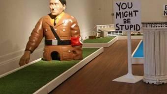 Die Statue des Anstosses: Hitler-Figur auf der Minigolfbahn im englischen Blackpool