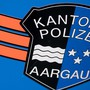 Die Kapo Aargau musste einem 76-jährigen nach einem Selbstunfall am Montag den Führerausweis abnehmen. (Symbolbild)