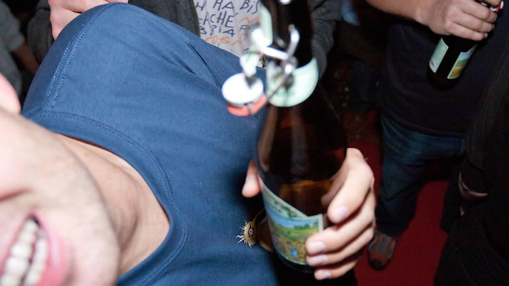 Nach Gewalttat an Halloween verbietet Airbnb «Party-Häuser»
