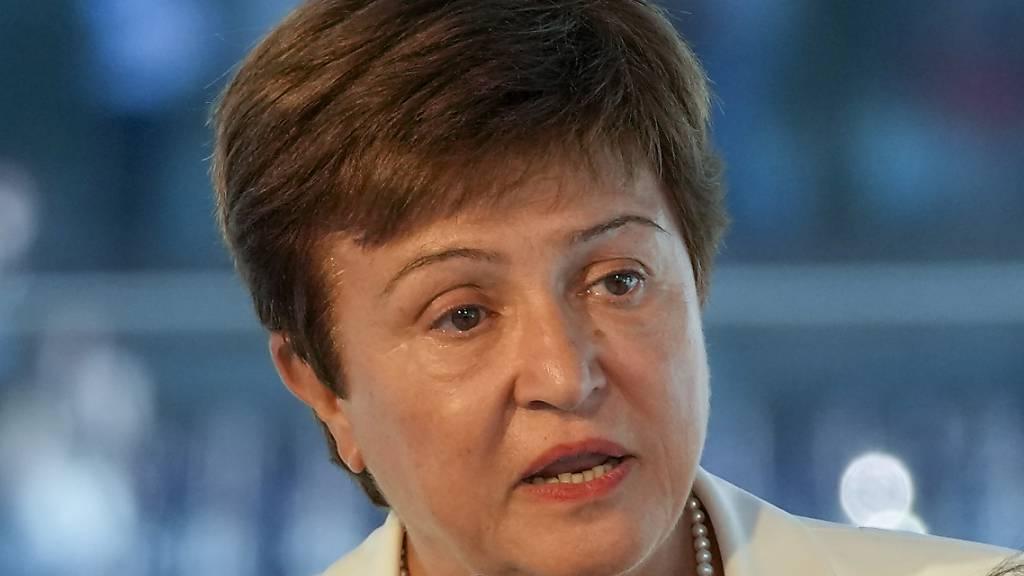 Nach Vorwürfen der Datenmanipulation hat der Exekutivrat des Internationalen Währungsfonds (IWF) der IWF-Direktorin Kristalina Georgieva das Vertrauen ausgesprochen. (Archivbild)