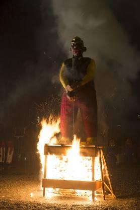 Hyeronimus Füdlibürger stirbt den Flammentod.  (1)
