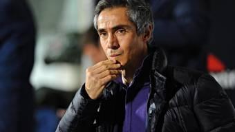Fiorentina-Trainer Paulo Sousa nachdenklich während der Niederlage gegen Lazio Rom.