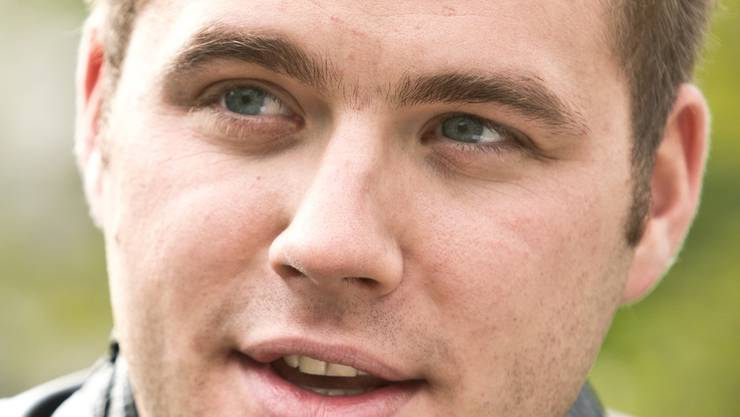 Adrian Meier aus Reinach ist FDP-Grossrat und mit seinen 23 Jahren das jüngste Ratsmitglied.