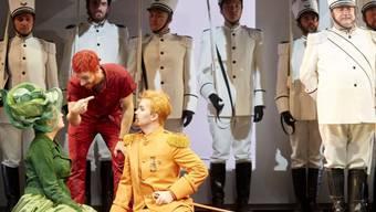 """Kunterbunt und luftig-leicht: Rossinis """"Il Barbiere di Siviglia"""" in Bern."""