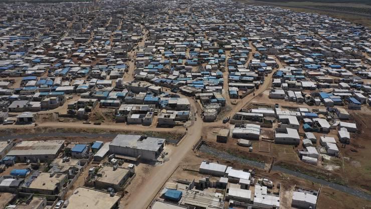 Ein syrisches Flüchtlingslager an der Grenze zur Türkei in einer Aufnahme vom April des letzten Jahres.