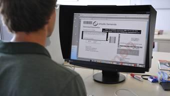 Der Bundesrat plant eine schweizweite Einführung von E-Voting. Bis es soweit ist, ist aber noch Geduld gefordert. (Symbolbild)