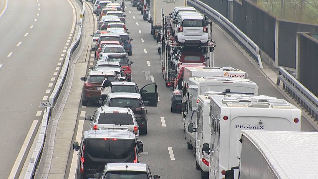 SVP will mit mehr Autobahnen das Klima schützen