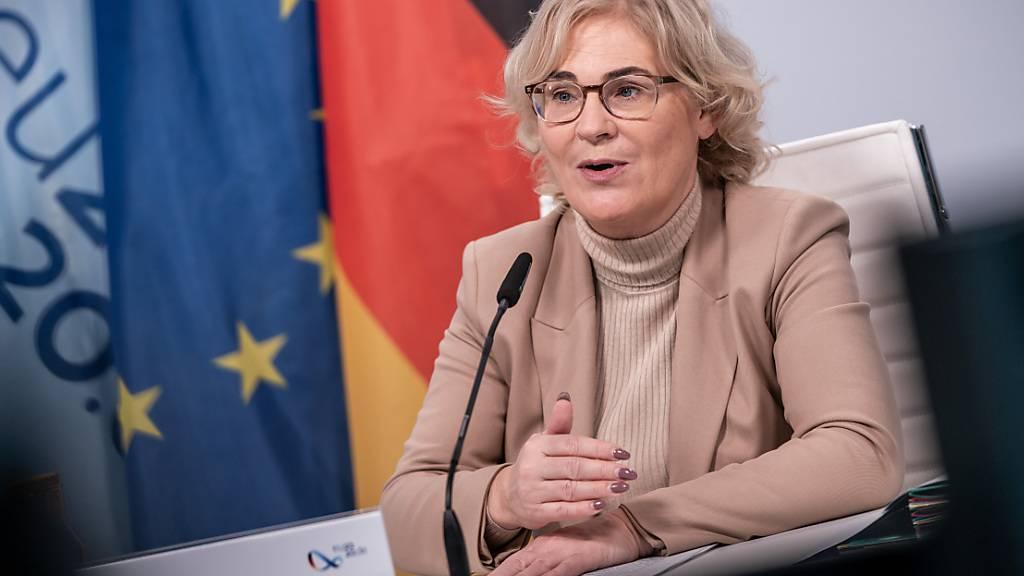 Lambrecht will Weisungsbefugnisse von Justizministern einschränken