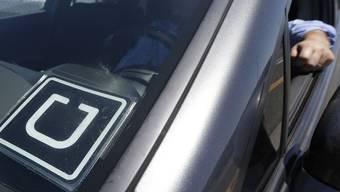 Der Fahrdienst Uber ist in Basel umstritten.