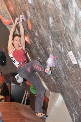 Mit drei Tops im Final wird Alina Ring (Zürich) beim ersten Saisonwettkampf klare Zweite.