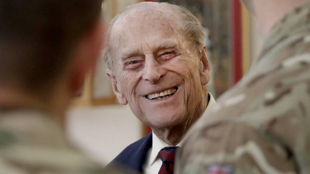 Prinz Philip, der Mann der britischen Königin Elizabeth II., zieht sich ab diesem Herbst aus der Öffentlichkeit zurück. (Archivbild)