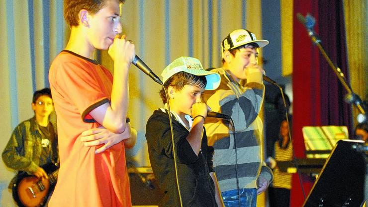 Kleine Rapper ganz gross: Auf der Saalbau-Bühne hat es für jeden Musikgeschmack Platz.